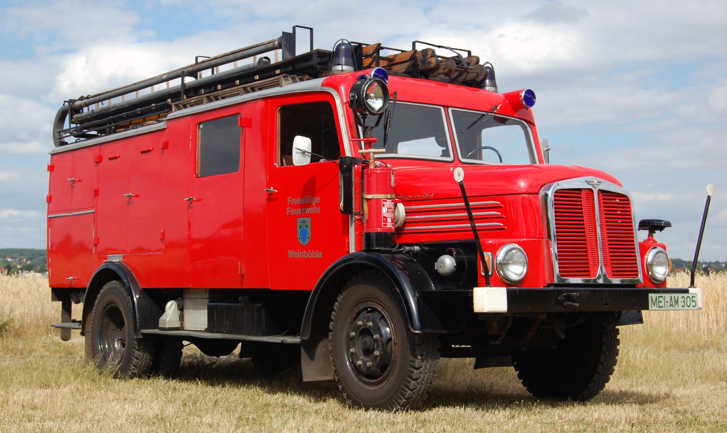 Fahrzeug_S4000